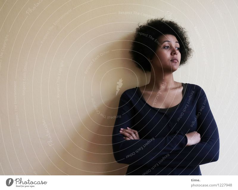 siren Room Feminine Woman Adults 1 Human being T-shirt Black-haired Afro Observe Think Looking Dream Wait Beautiful Acceptance Serene Patient Calm Self Control