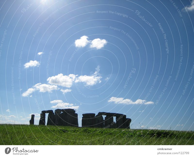 Sun Green Clouds Meadow Stone Lighting Art Elegant Trip Culture Sightseeing Stonehenge