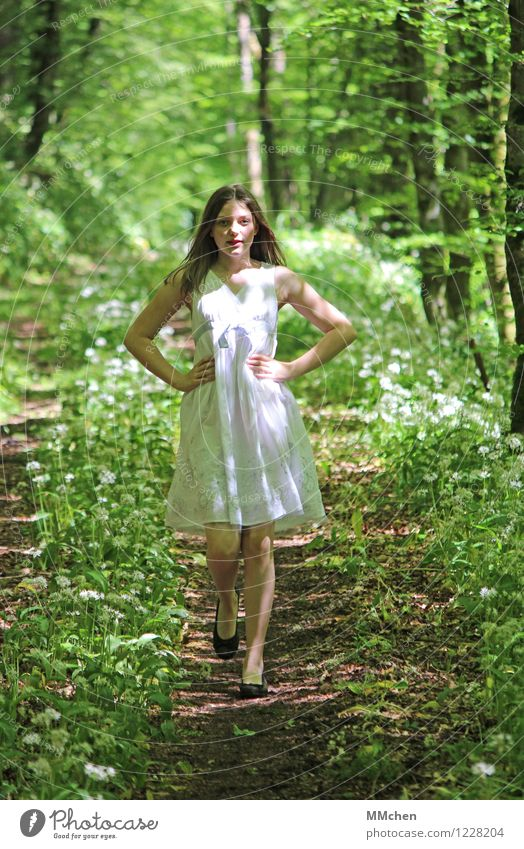 shine Well-being Feminine Girl 1 Human being 8 - 13 years Child Infancy Nature Summer Beautiful weather Park Forest Dress Long-haired Going Playing Dream