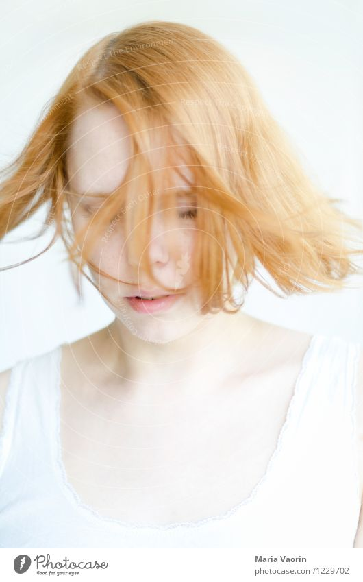 Wind in hair 2 Human being Feminine Young woman Youth (Young adults) 1 18 - 30 years Adults Red-haired Long-haired Movement Dream Natural Purity Contentment