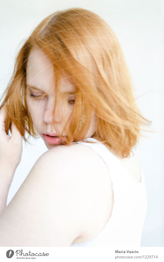 windswept Human being Feminine Young woman Youth (Young adults) 1 18 - 30 years Adults T-shirt Red-haired Long-haired Touch To enjoy Dream Authentic Bright