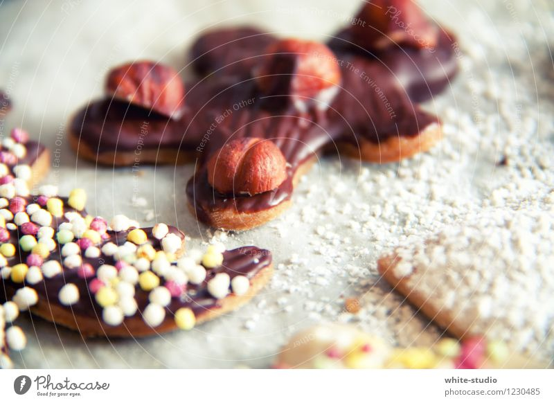 Human being Child Christmas & Advent Beautiful Joy Winter Eating Food photograph Feasts & Celebrations Decoration Birthday Nutrition Cooking & Baking Sweet