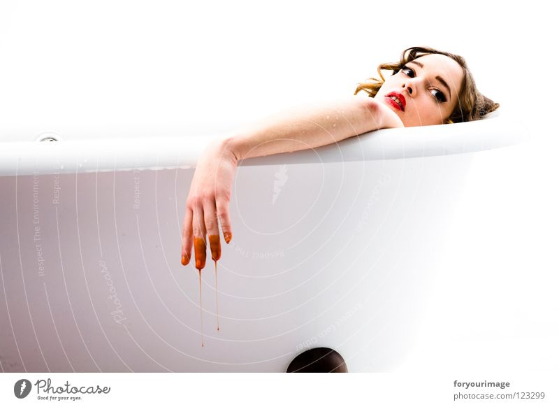 Woman Hand White Eyes Hair and hairstyles Drops of water Face Blood Bathtub