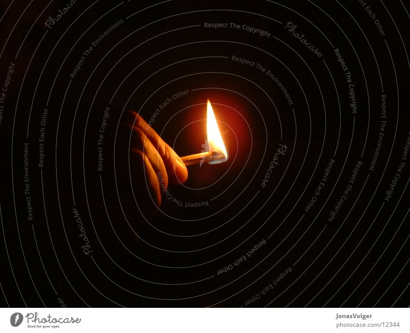 Matchstick in the dark Hand Dark Burn Light Living or residing Blaze