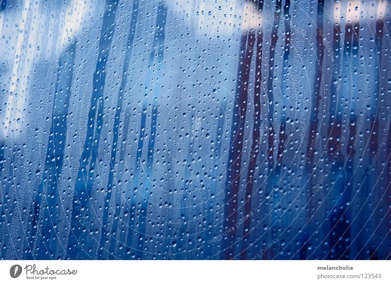 Water White Blue Red Cold Window Warmth Rain Brown Glass Drops of water Wet Physics Stripe Transparent