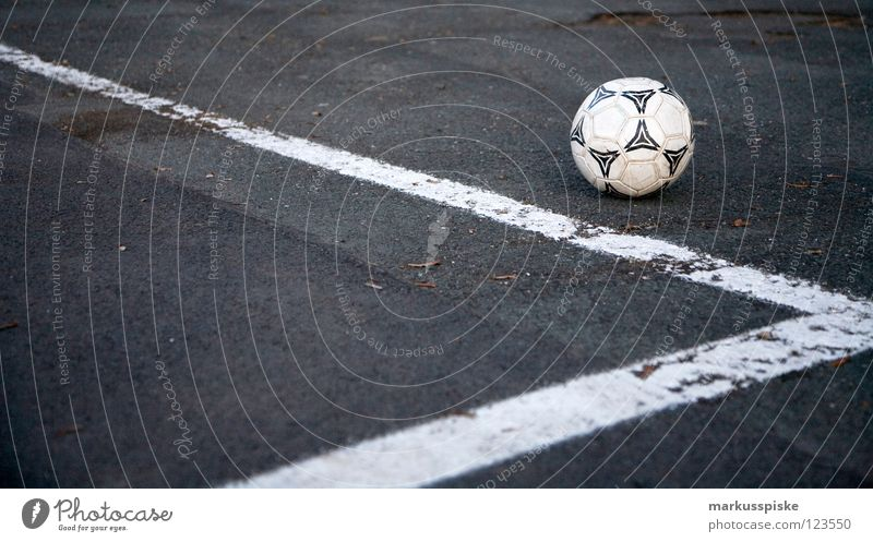 Street Playing Line Signs and labeling Soccer Success Corner Ball Gate Side Leather Tar Stadium Lose Shot