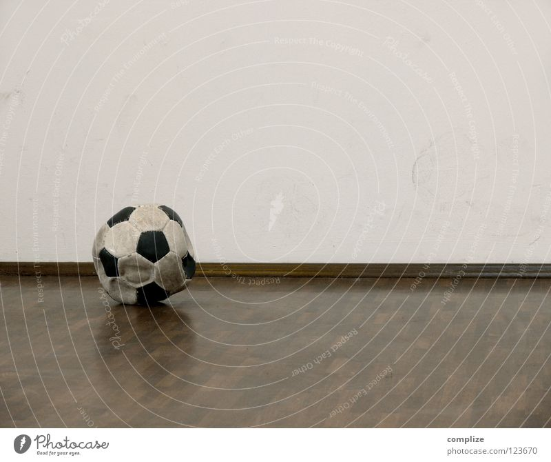 the ball is round? Empty Parquet floor Flat (apartment) Round Sharp-edged Broken Wall (building) Footprint Ball Air out eumel Old Corner Deserted Foot ball