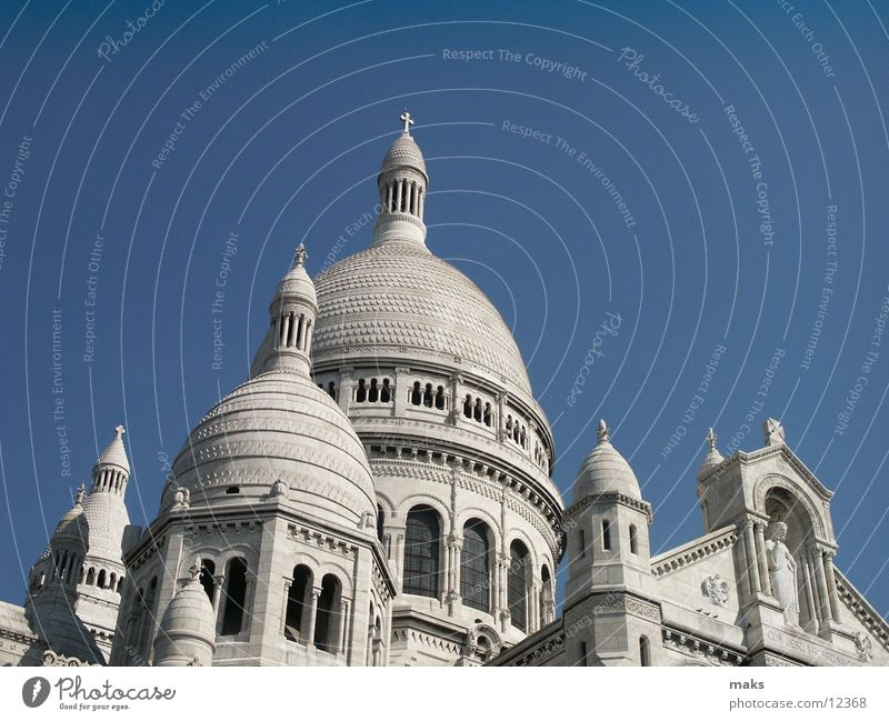 sacre coeur Paris White Sacré-Coeur House of worship Montmartre Sky Religion and faith