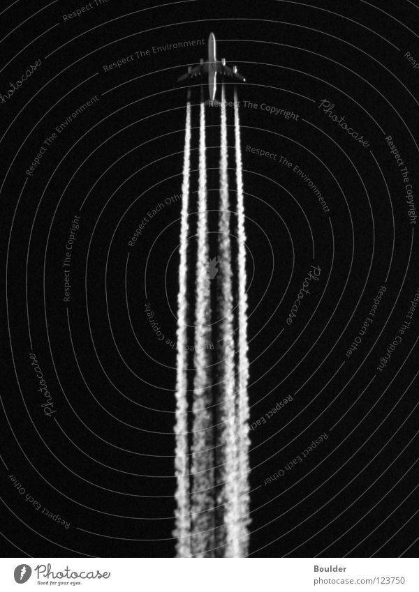 Sky Lighting Airplane Aviation Vertical Engines Vapor trail
