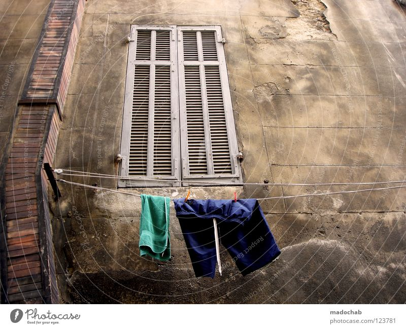 The window to the courtyard Wall (building) Wall (barrier) Structures and shapes Decline Derelict Laundry Clothing Dry Trashy Dirty Broken Backyard Hang