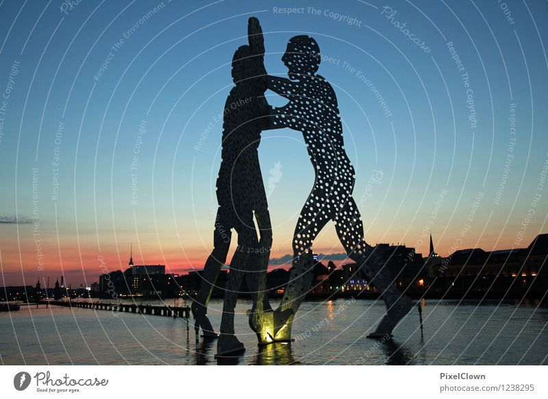 Molecule Man Berlin Lifestyle Style Vacation & Travel Tourism City trip Night life Going out Art Work of art Sculpture Sunrise Sunset Summer Capital city