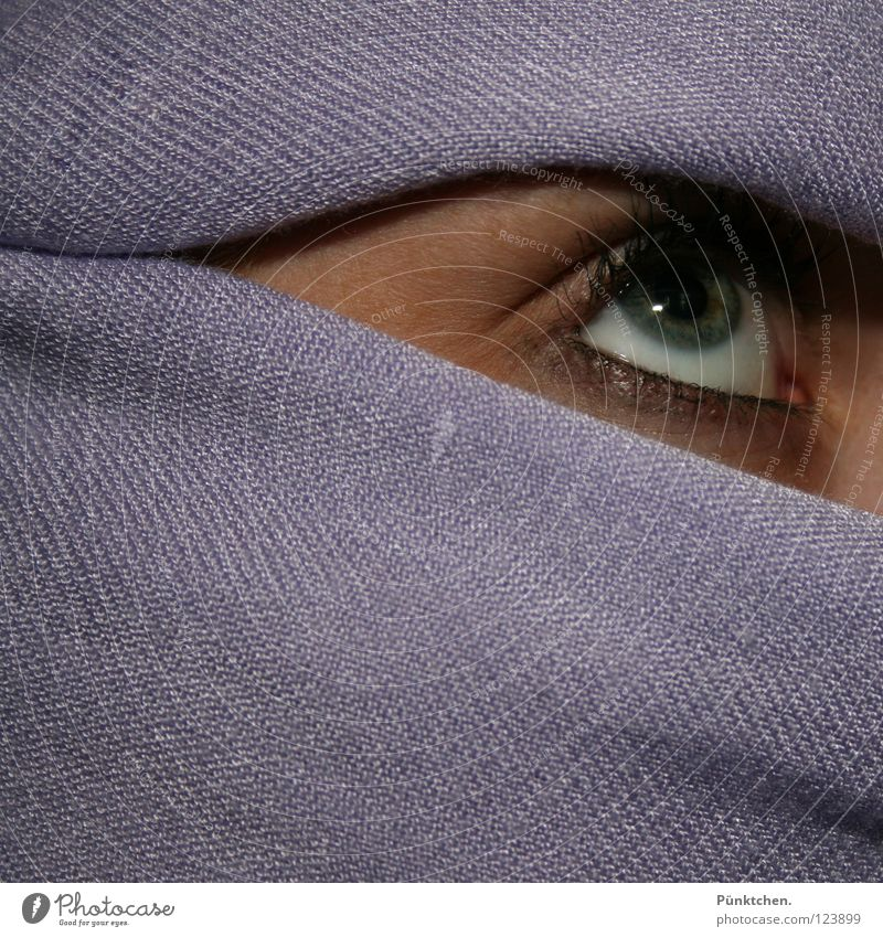 Human being Woman White Green Eyes Head Skin Wrinkle Violet Hide Watchfulness Snapshot Upward Skeptical Caution Eyelash