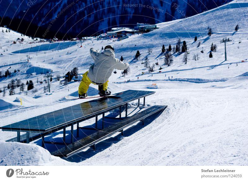 Beautiful Joy Winter Mountain Freedom Jump Leisure and hobbies Shows Alps Risk Barrier Balance Rotate Ski resort Downward Austria