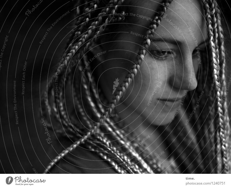 . Feminine Woman Adults 1 Human being Blonde Long-haired Dreadlocks Observe Think Looking Wait Beautiful Trust Safety Protection Secrecy Watchfulness Caution