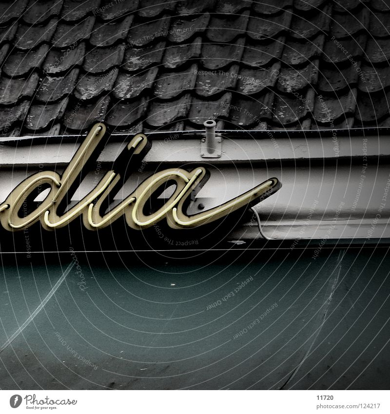 Buenos día(s) Typography Slide Advertising Neon sign Lamp Light Café Netherlands Roof Roofing tile Detail Characters
