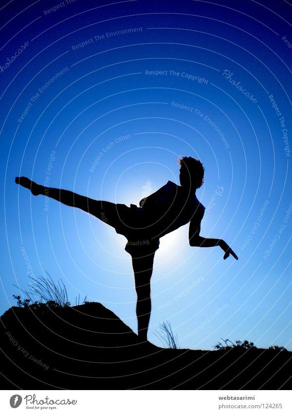 care kit Judo Sky Summer Beach Kick Martial arts caret taibox Sports sun siluet puch angry hard leg Exterior shot