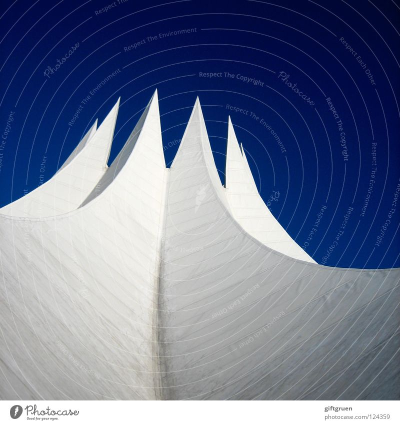Berlin Modern Fantastic Point Grade (school level) Great Impressive Brilliant Ambitious Skyward