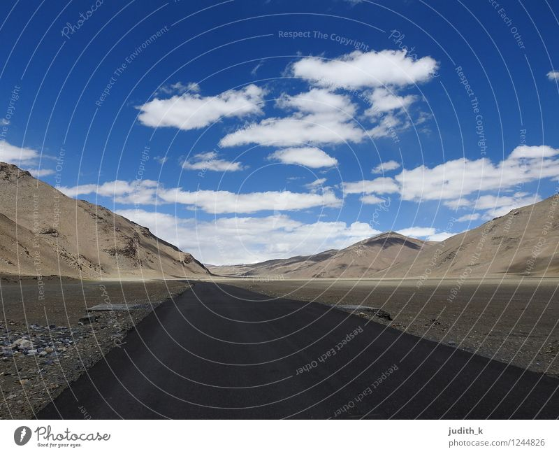 endless road Landscape Earth Air Sky Clouds Horizon Beautiful weather Rock Mountain India Deserted Traffic infrastructure Motoring Street Gloomy Dry Blue Brown