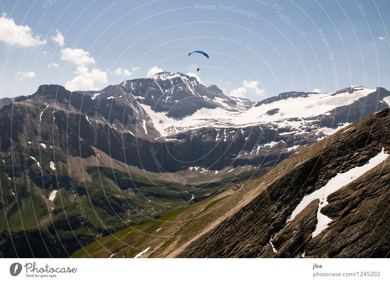 in front of the wild horn Lifestyle Well-being Contentment Relaxation Calm Leisure and hobbies Trip Freedom Summer Mountain Sports Paraglider Paragliding