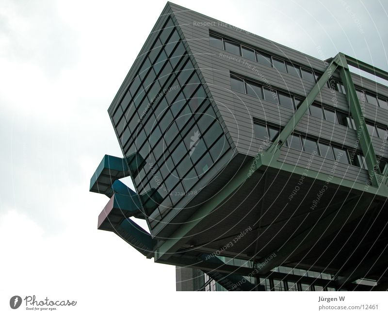 The block Building Architecture Harbour Duesseldorf Glass Crazy prot diagonally