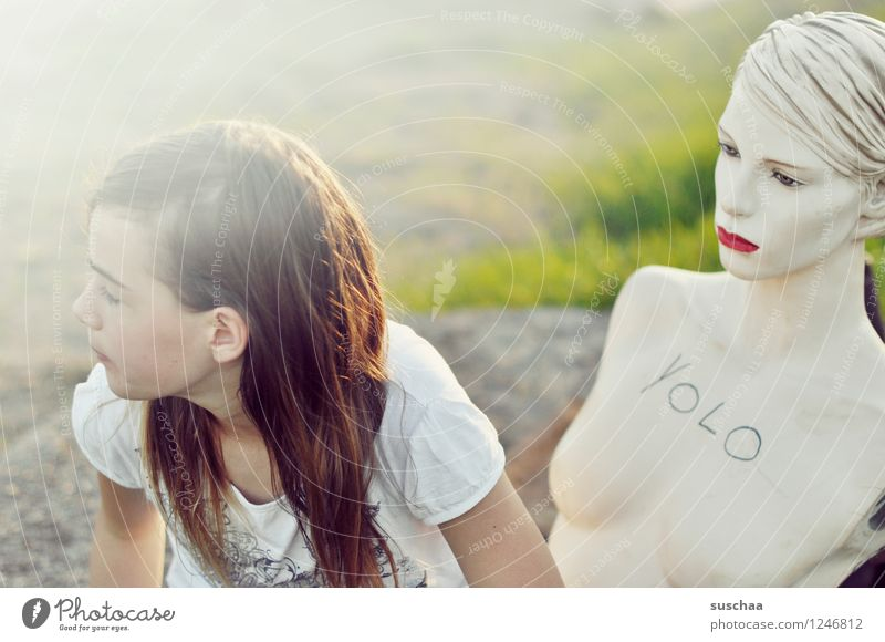 friends .. Child Girl Mannequin Doll Head Face Woman red lips Playing Joy Looking away Infancy Absurdity youthful Youth (Young adults)