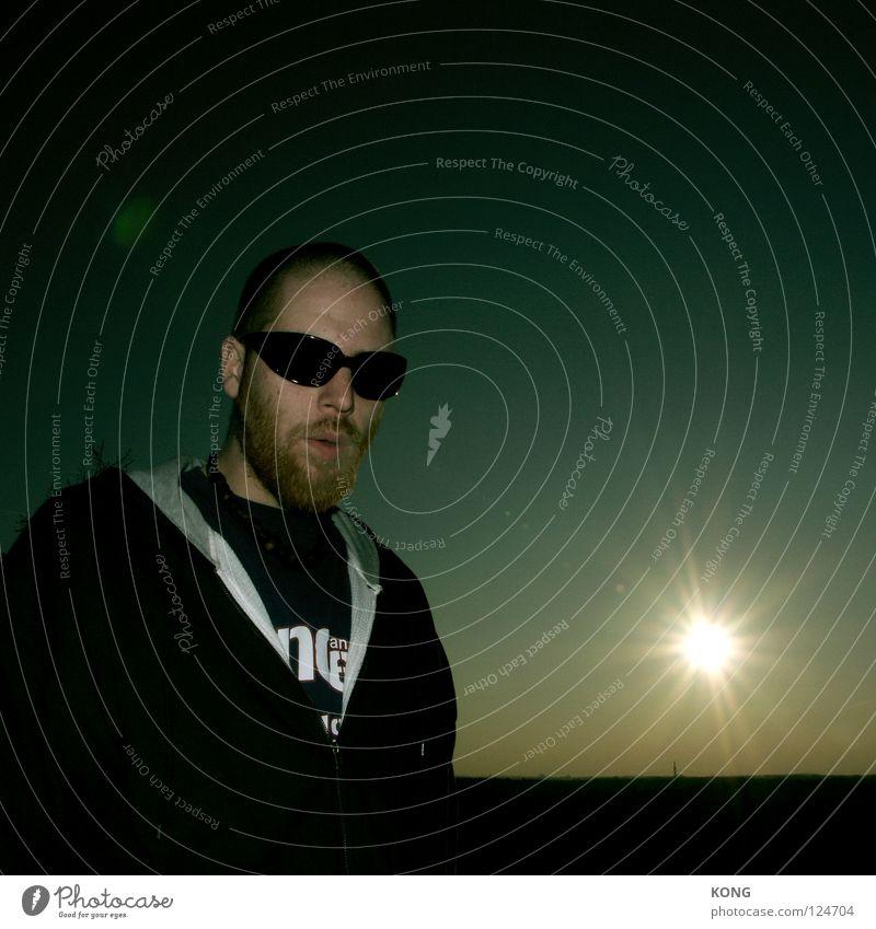 Man Sun Dark Power Large Force Cool (slang) Corner Dangerous Facial hair Sunglasses Cancelation Celestial bodies and the universe Dim Doorman Young man