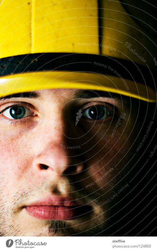 Man Face Yellow Work and employment Head Masculine Safety Construction site Protection Working man Strong Craft (trade) Crane Accident Construction worker Helmet