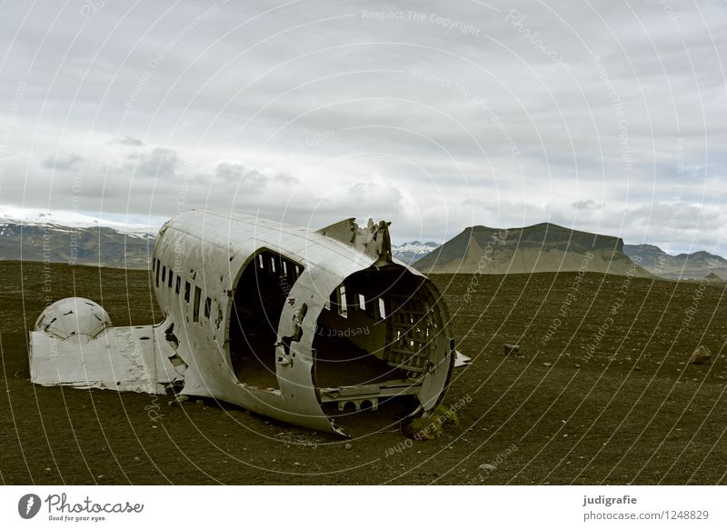 Iceland Environment Nature Landscape Aviation Airplane wrecked aircraft Old Exceptional Threat Dark Cold Wild Moody Fear Fear of flying Dangerous Adventure