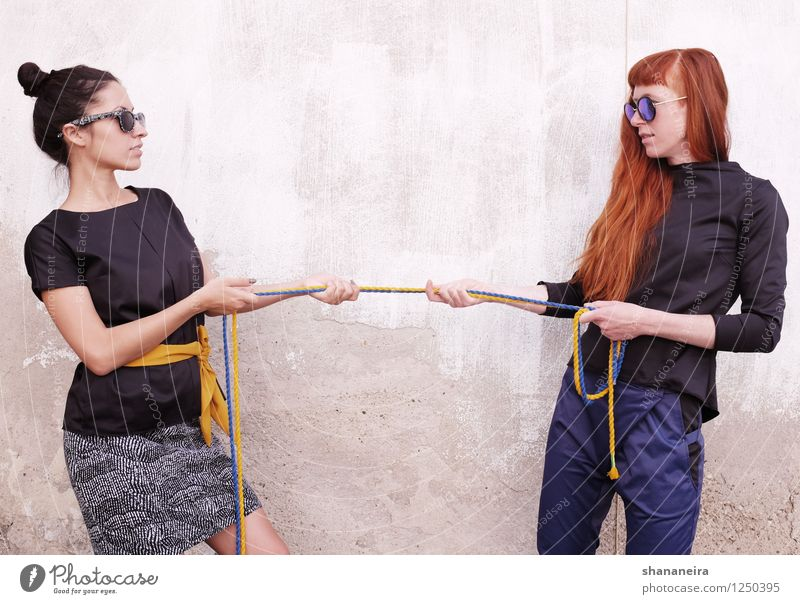 rope II Feminine Young woman Youth (Young adults) 2 Human being Fashion Black-haired Red-haired Argument Esthetic Success Hip & trendy Power Willpower Brave