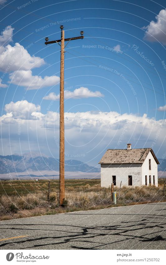 electric Vacation & Travel Trip Far-off places Summer Summer vacation House (Residential Structure) Energy industry Electricity Electricity pylon