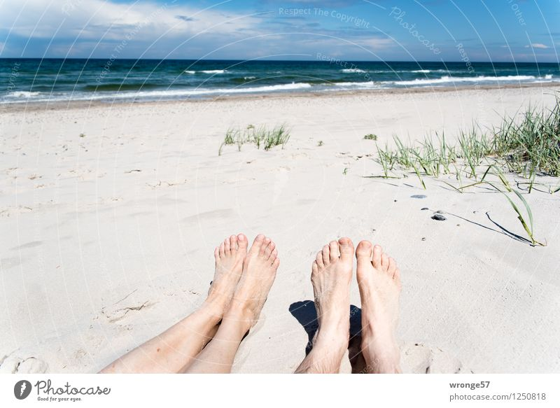 Human being Woman Sky Vacation & Travel Man Summer Relaxation Ocean Clouds Beach Adults Feminine Legs Feet Horizon Masculine