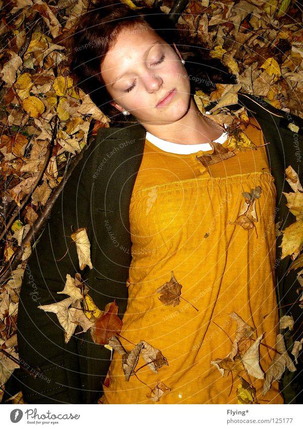 Sleeping Beauty Leaf Autumn Girl Yellow Green Relaxation Infinity Go under Moody Peace Coat Harmonious Trust Death Bury Nature Floor covering Autumnal Limp