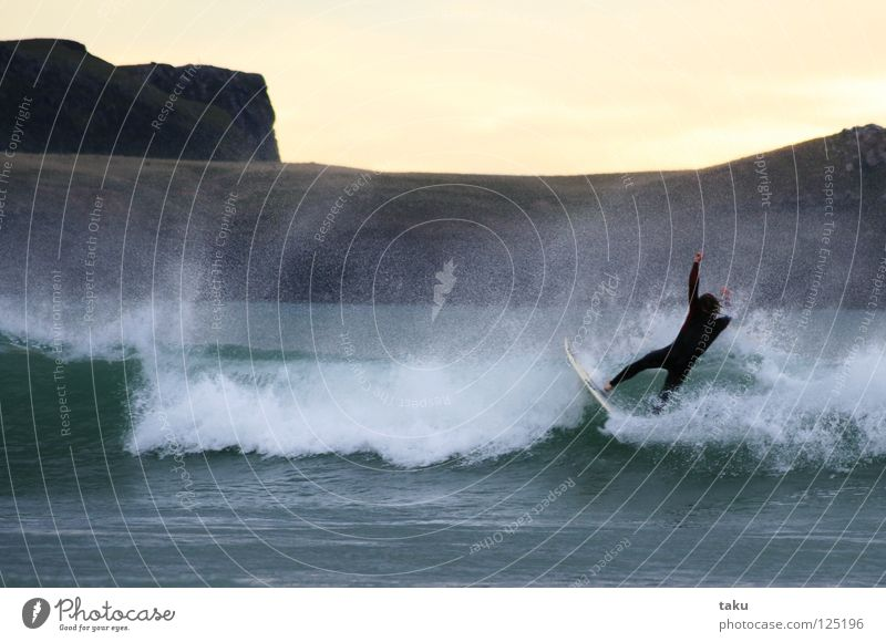 ...YEEEEEEAAAHHH...II New Zealand Surfer Surfboard Jump Summer Aquatics Sports p.b. damon early in the morning sunrise