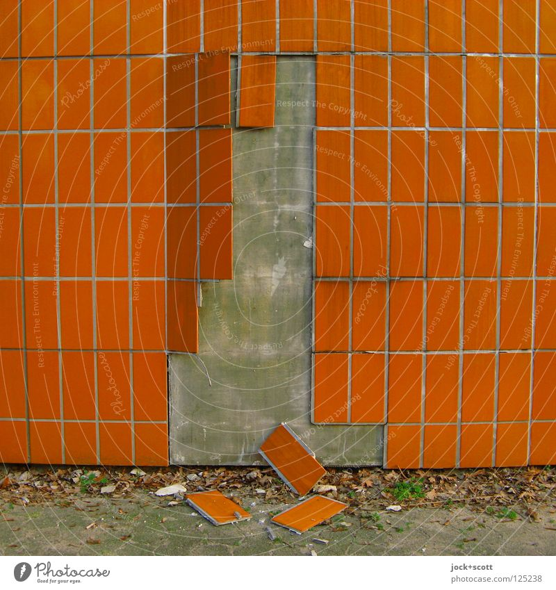 Plate order (detachment) Wall (building) Facade To fall Lie Dirty Sharp-edged Broken Retro Orange Indifferent Transience Change Wall cladding Shabby