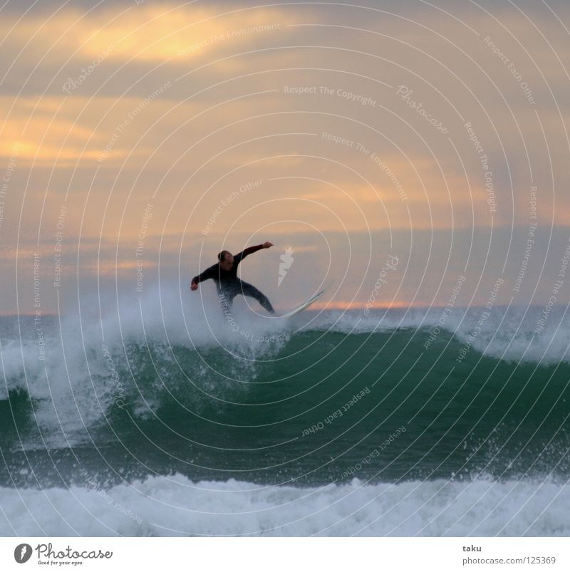 SUNRISE SURF New Zealand South Island Surfer Surfboard Jump Aquatics p.b. waves breaking sea exciting Cool (slang) fun watching sunrise early in the morning