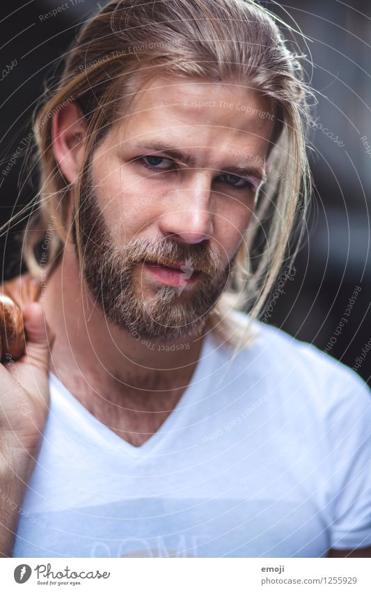 near Masculine Young man Youth (Young adults) Face 1 Human being 18 - 30 years Adults Hair and hairstyles Blonde Long-haired Facial hair Beard Cool (slang)