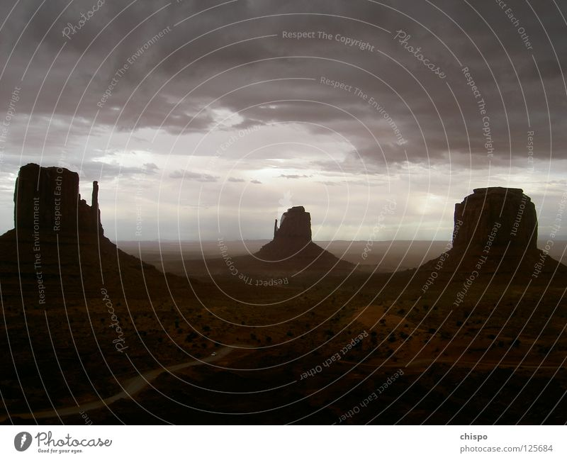 Loneliness Far-off places Car Moody USA Gale Americas Thunder and lightning Escape National Park Arizona Monument Valley