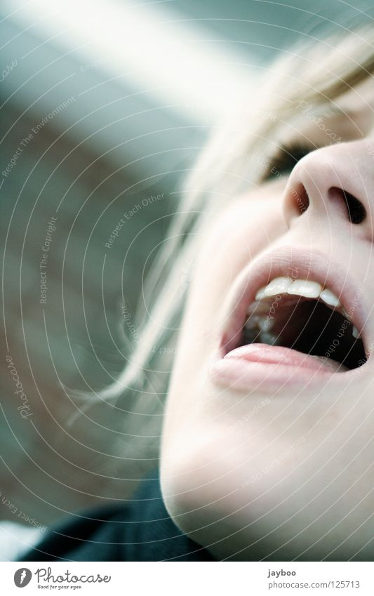 Woman Hair and hairstyles Mouth Blonde Nose Teeth Lips Anger Scream Stress Aggravation Tongue Bowl Sing