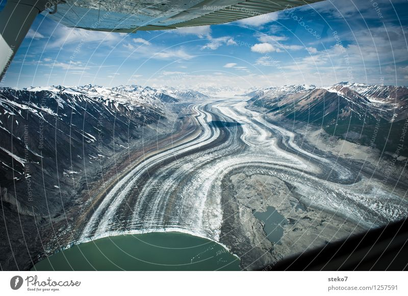 Glacier Highway III Mountain Coast In the plane Flying Esthetic Exceptional Infinity Cold Loneliness Uniqueness Symmetry Lanes & trails Far-off places
