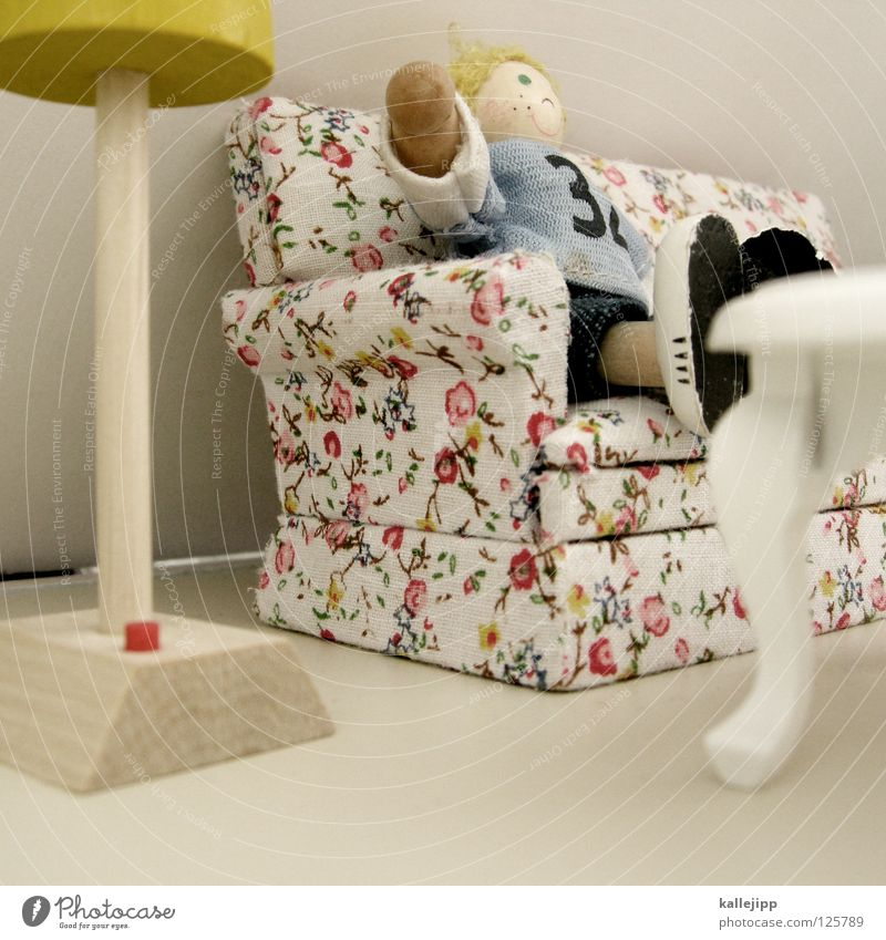 kalle alone at home Armchair Lamp Toys Child Girl Wood Miniature Small Sofa Blonde Standard lamp Buttons Table Tenant Living room Goof off Closing time