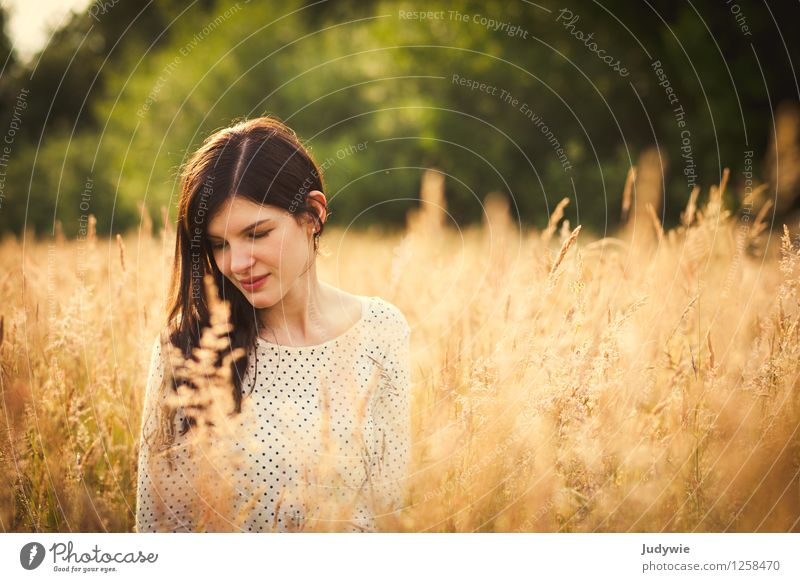 spotted Beautiful Senses Relaxation Calm Meditation Summer Sun Human being Feminine Young woman Youth (Young adults) Woman Adults 13 - 18 years 18 - 30 years
