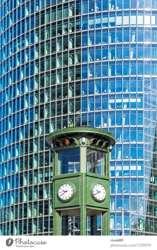 detail Tourism House (Residential Structure) Clock Town Capital city Downtown Manmade structures Building Architecture Facade Tourist Attraction Time Berlin