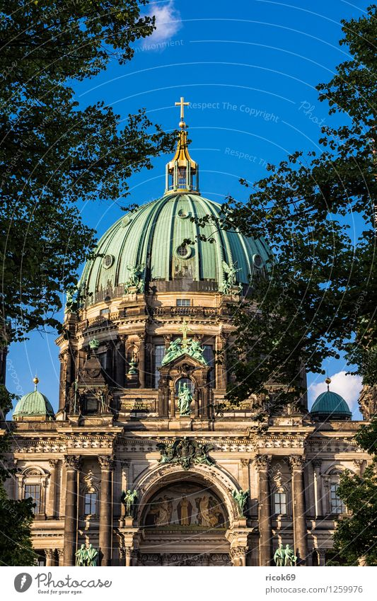 Berlin Cathedral Vacation & Travel Tourism Water Clouds Tree Capital city Downtown Dome Manmade structures Architecture Tourist Attraction Landmark Blue Green
