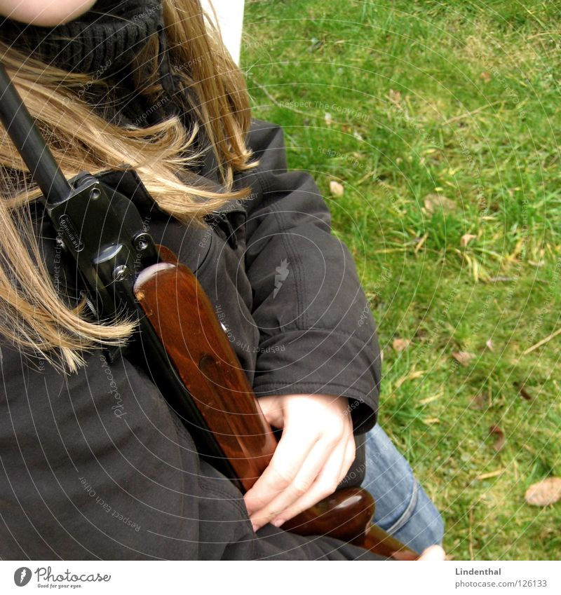 Woman Fear Target To hold on Panic Door handle Weapon Rifle
