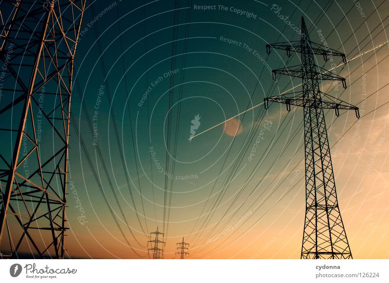 Sky Far-off places Energy industry Electricity Railroad Might Cable Logistics Industrial Photography Net Traffic infrastructure Connection Store premises Americas Electricity pylon Sporting event