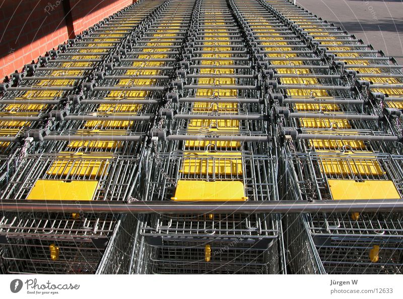Yellow Park Metal Services Row Parking Consumption Shopping Trolley Carpool