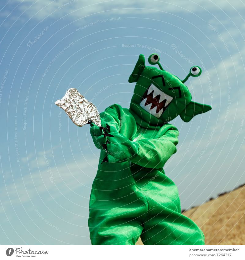 I've got a gun Art Work of art Esthetic Extraterrestrial being Monster Ogre Monstrous Handgun Laser Argument Threaten Green Martian Moon landing Landing