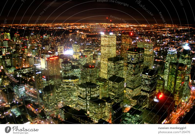 Durable to: see top side Canada House (Residential Structure) Yellow Green Night Moody Toronto Panorama (View) Skyline high-rise Beautiful weather Closed Light