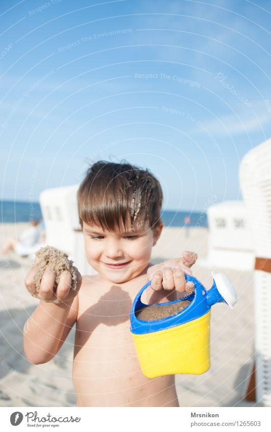 looks here Children's game Vacation & Travel Adventure Summer Summer vacation Sun Sunbathing Beach Ocean Island Waves Human being Toddler Boy (child) Infancy