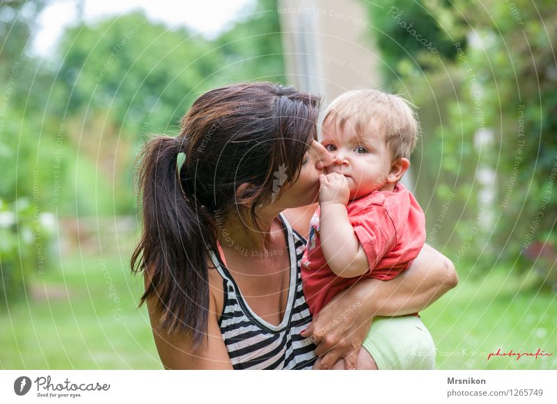 Love you Baby Toddler Mother Adults Family & Relations Infancy Life 2 Human being 0 - 12 months 30 - 45 years Brunette Braids To enjoy Kissing Sit Natural